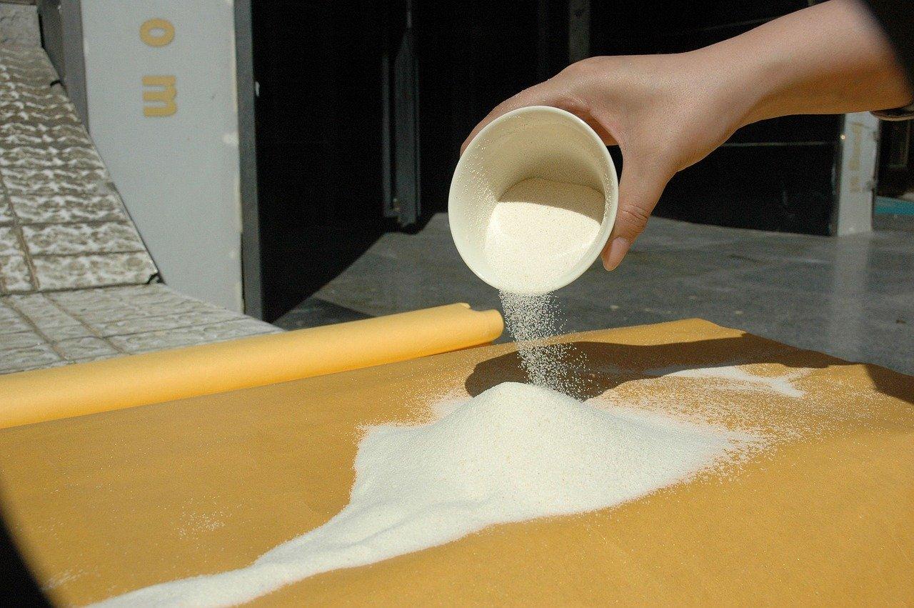 Grießschnitte, zubereitet (mit teilentrahmter Milch) Essen und Trinken Gerichte