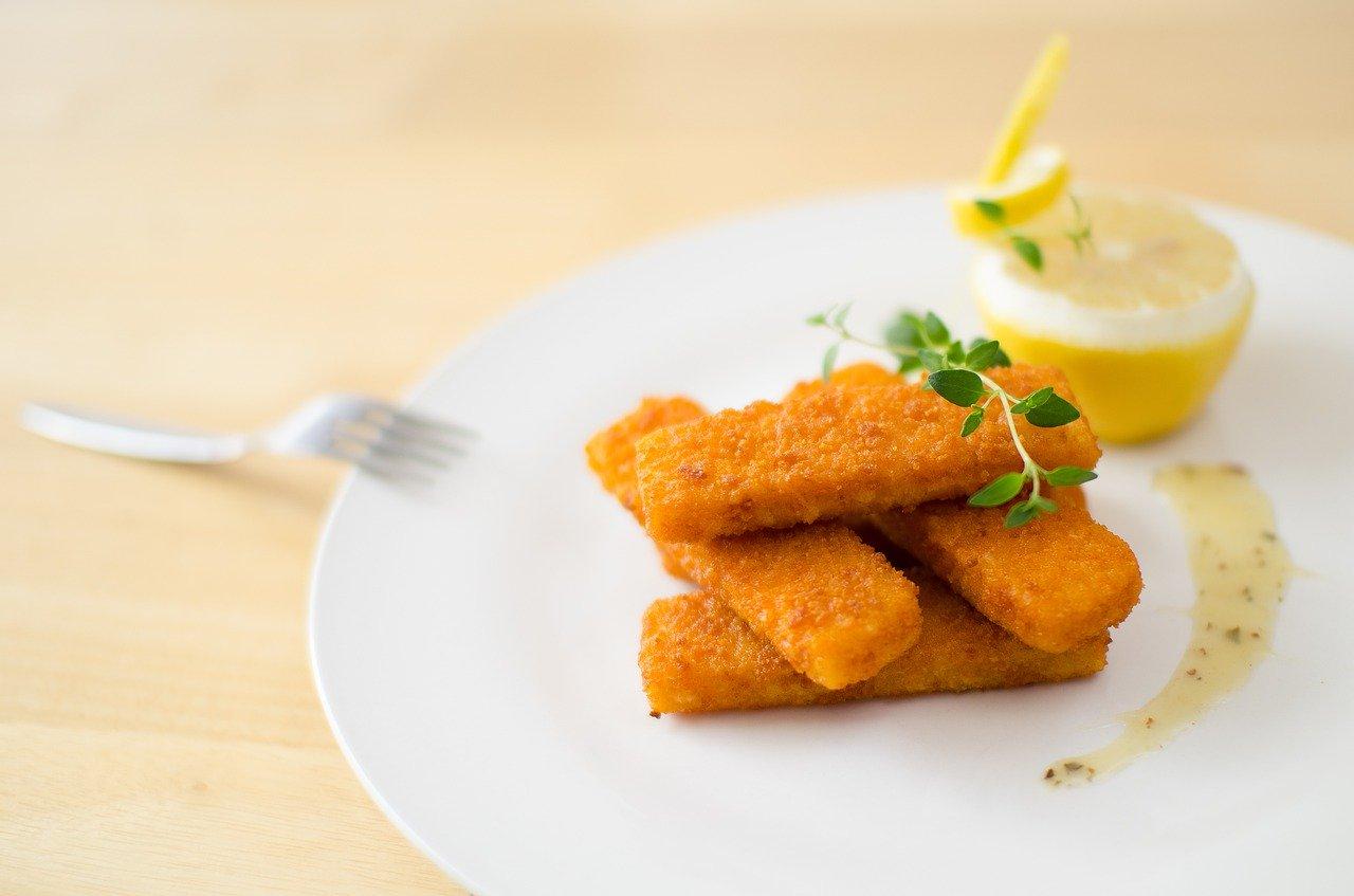 Fischstäbchen (paniert und vorfritiert), gebraten in HOLL-Rapsöl Essen und Trinken Fischgerichte
